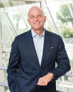 photographe portrait corporate lyon Carsten-Hellmann President & CEO at ALK
